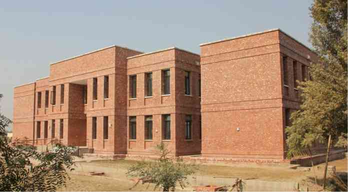 10 Technical Institutions to be Upgraded in Sindh in Wake of Education Emergency